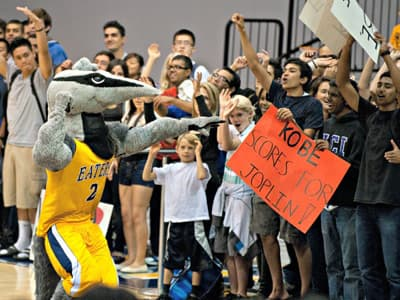 Peter the Anteater, Maskottchen der University of California Irvine