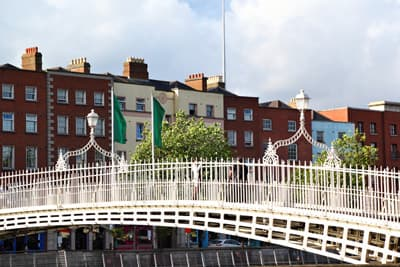 Halfpenny Bridge in Dublin
