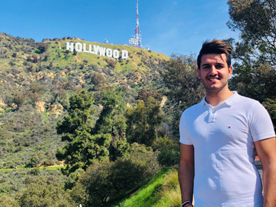 Safin Ilyas vor dem Hollywood-Sign