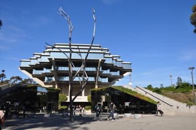 Geisel Library der University of California San Diego (UCSD)